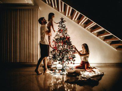 gdzie wyrzucac ozdoby swiateczne 400x300 - Gdzie wyrzucać ozdoby świąteczne ?