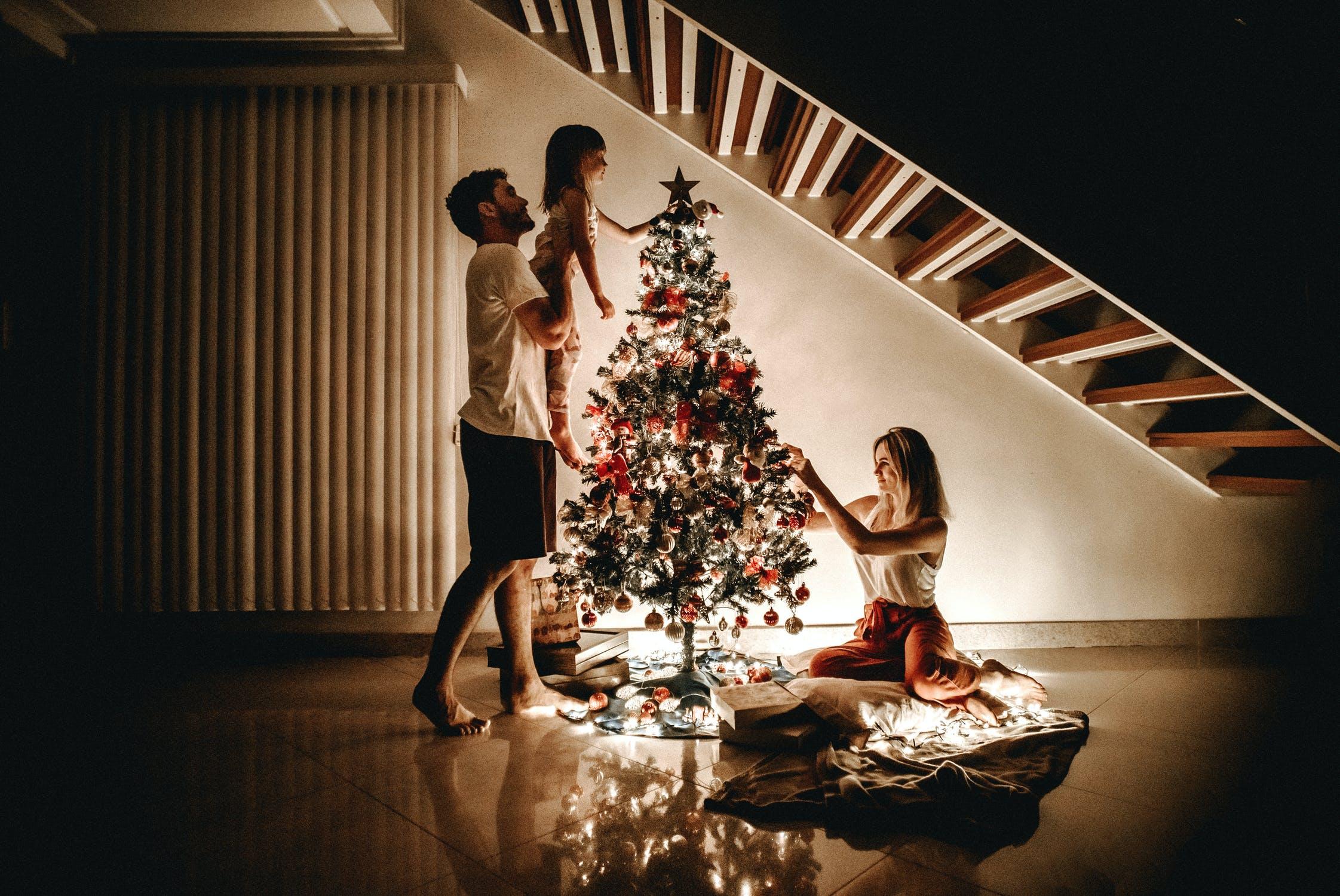 Gdzie wyrzucać ozdoby świąteczne ?
