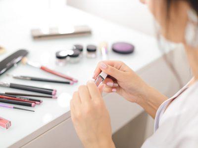 gdzie wyrzucac kosmetyki 400x300 - Gdzie wyrzucać kosmetyki ?
