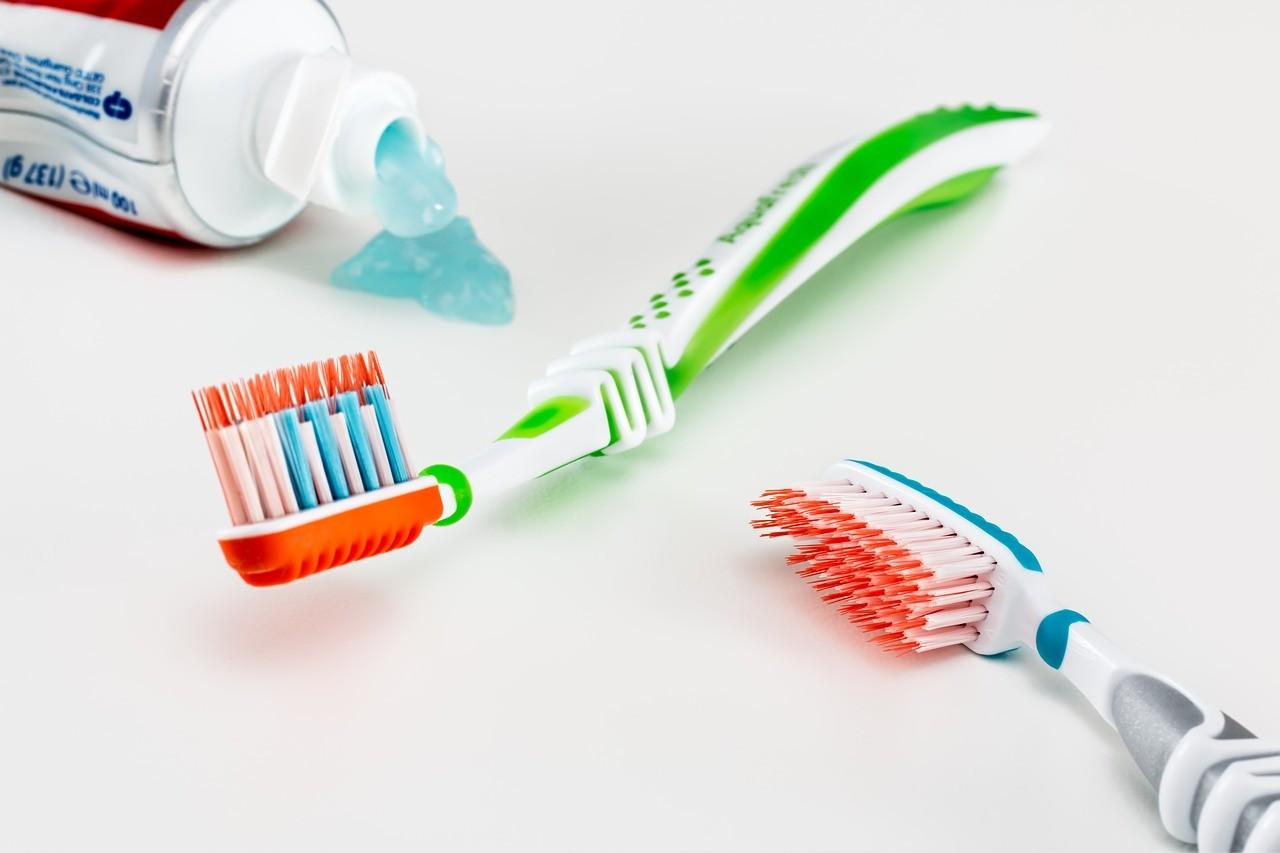 Gdzie wyrzucić tubkę po paście do zębów ?